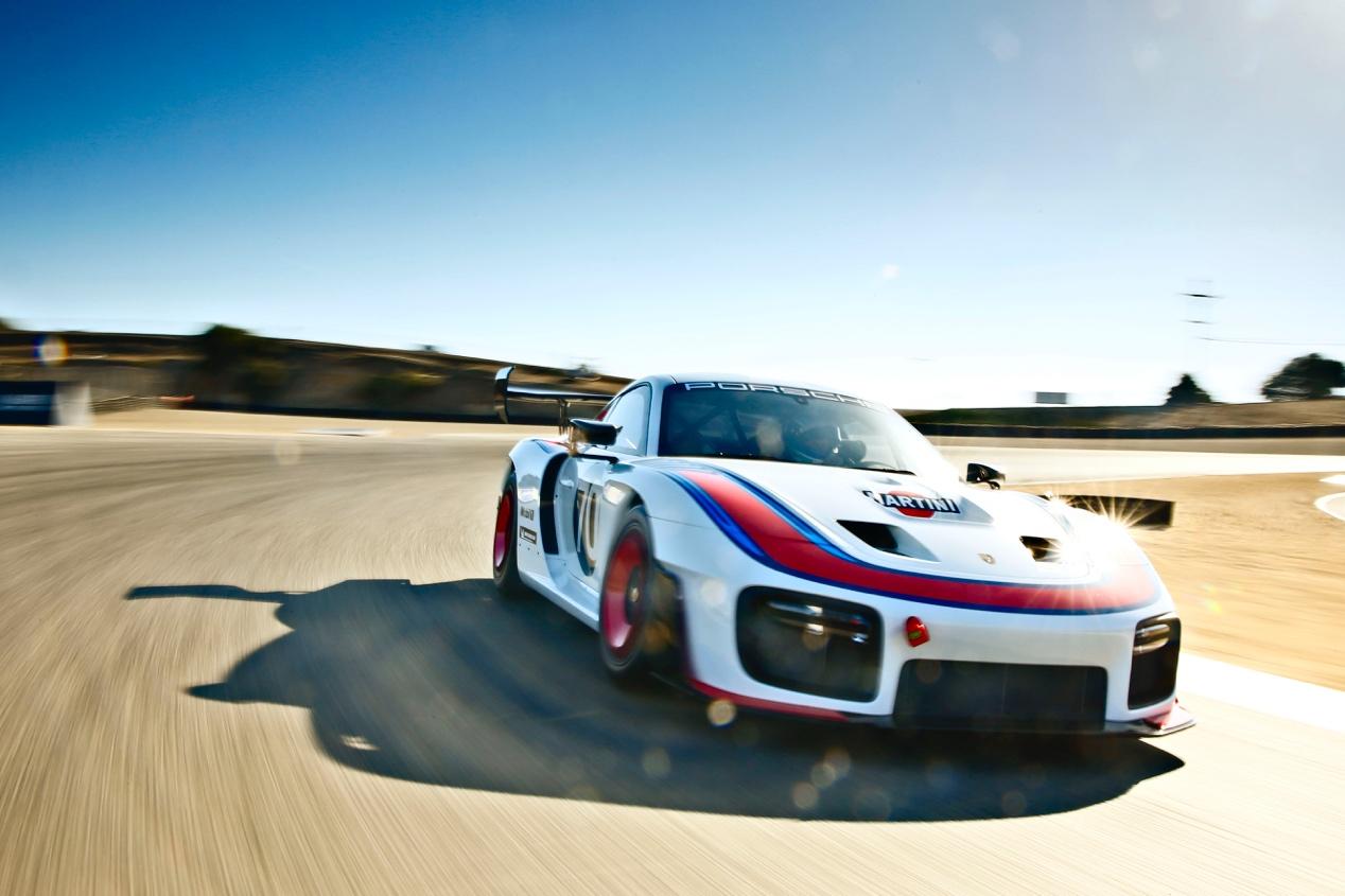 这台为赛道日设计的赛车旨在致敬来自魏斯阿赫的著名赛车之一:保时捷